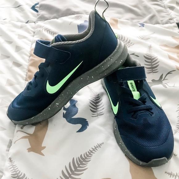 Nike Shoes   Boys Size 13c Like New